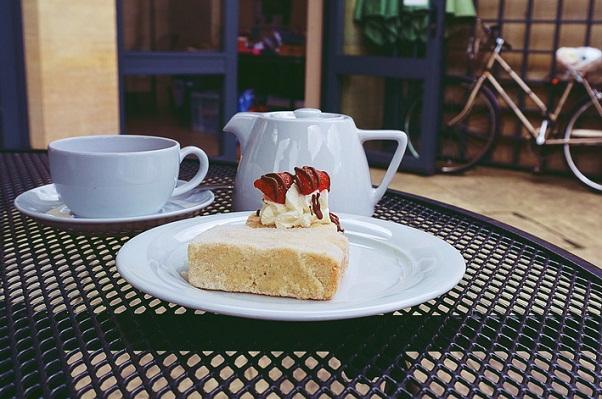 چای و کیک - فرانسه